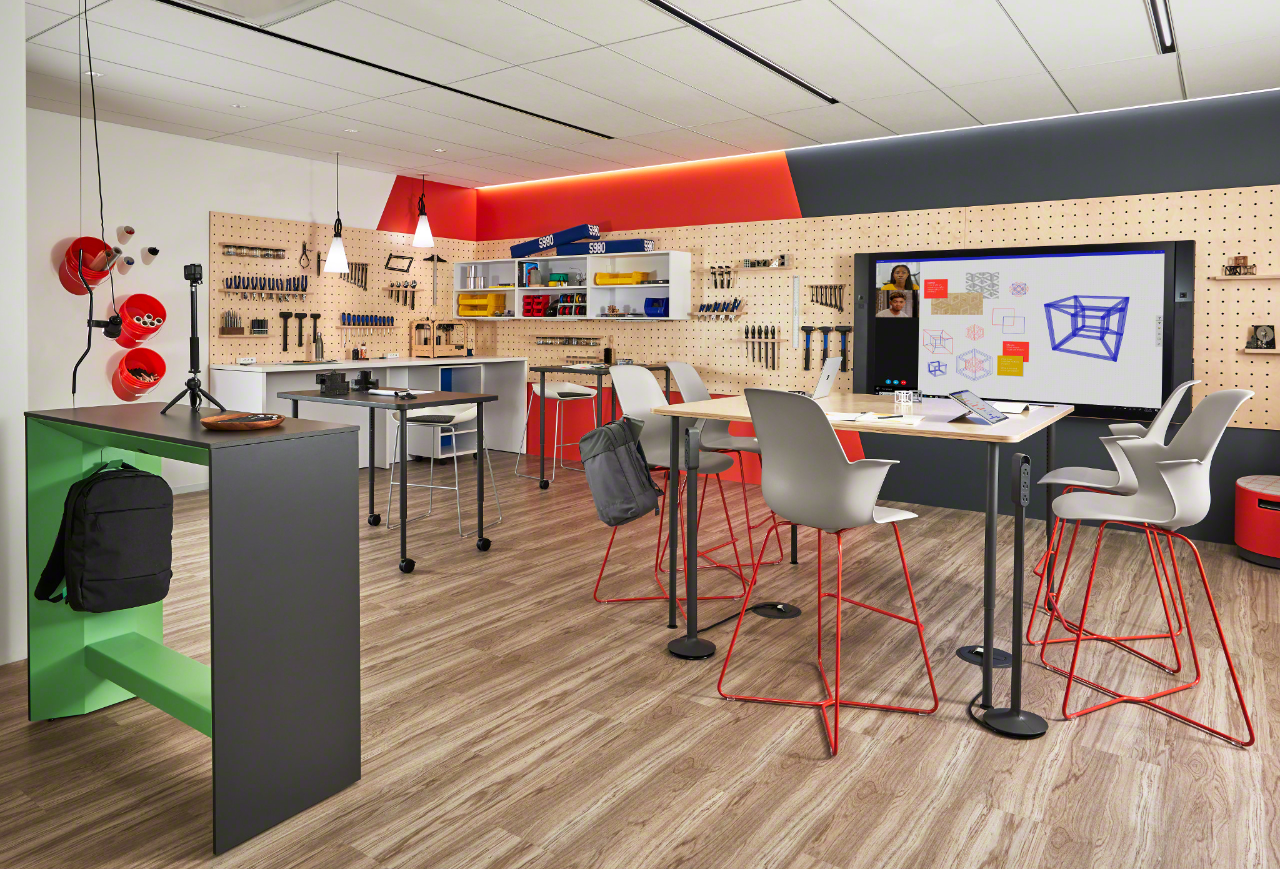 NeoCon - Steelcase Education + Smith Systems makers space