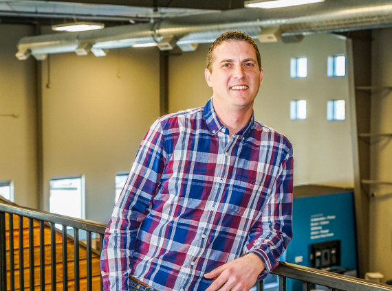 Josh Lundblad, Workplace Consultant